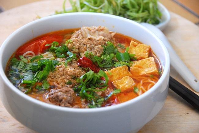 Cách nấu bún riêu cua Hà Nội thơm ngon đúng điệu