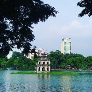 Lãng mạn Hồ Hoàn Kiếm và Tháp rùa