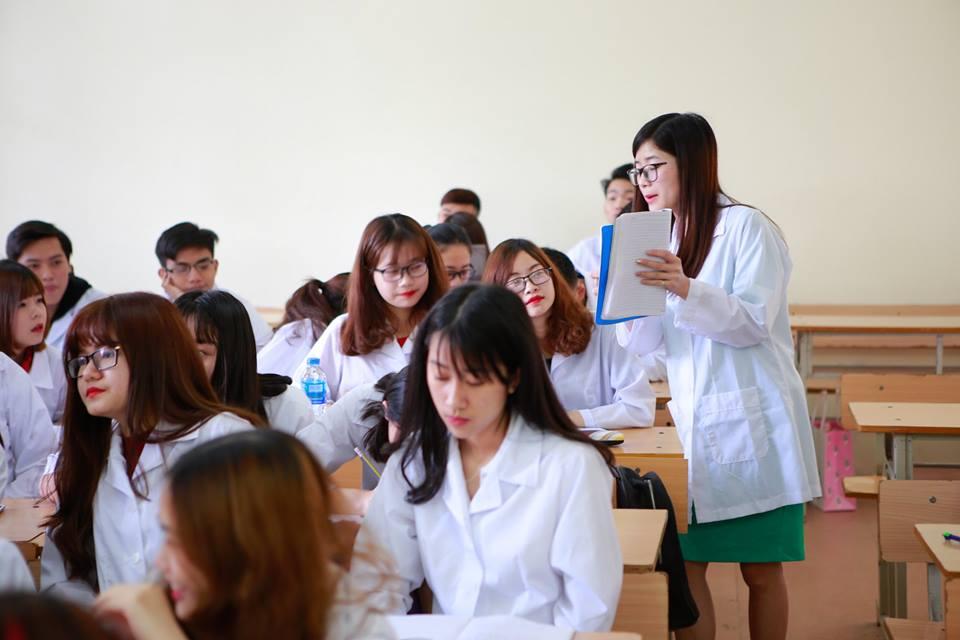 Sinh viên Trường cao đẳng y khoa Phạm Ngọc Thạch
