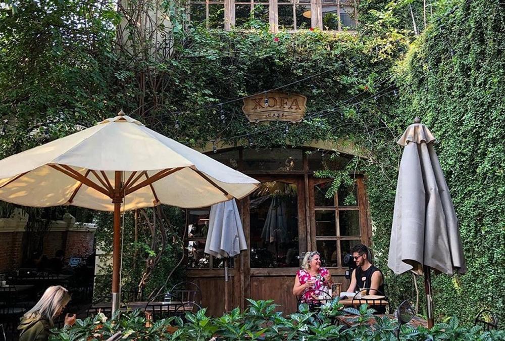 Top những địa điểm ăn uống thanh xuân Hà Nội mang đến cho bạn nhiều điều thú vị